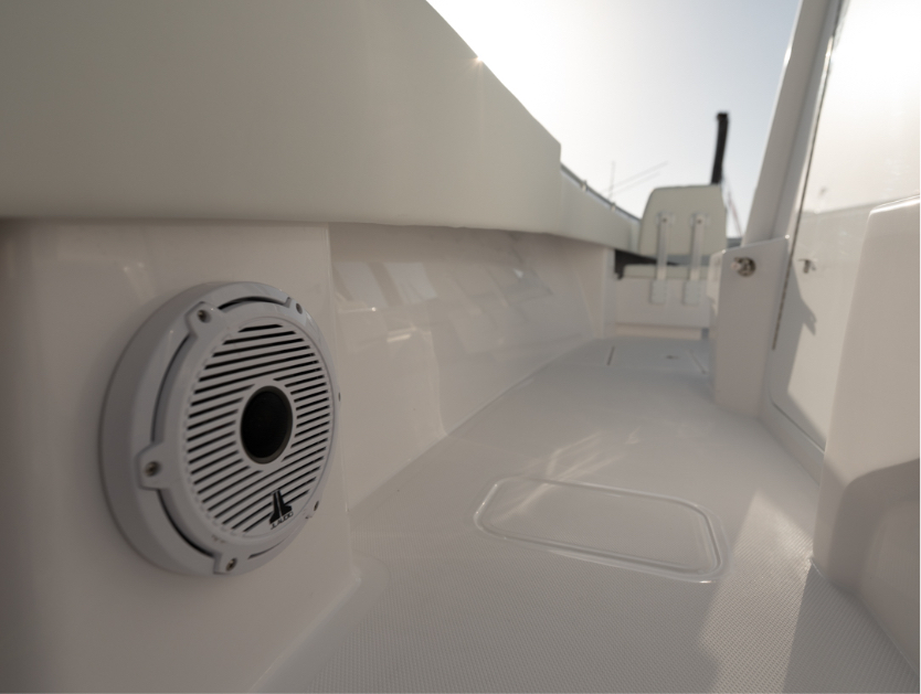 Invincible Boats ultimate JL Audio Speaker on 33 ft. Open Fisherman.