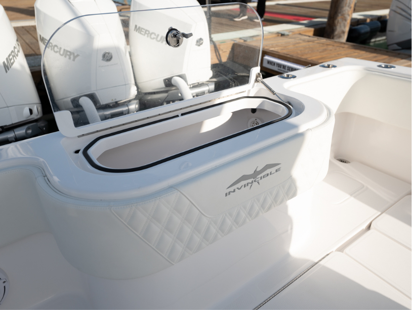 Transom livewell with coaming bolster on Invincible's 36 foot mono-hull.