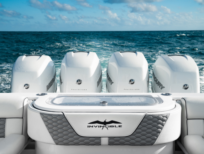 Cushioned livewell on Invincible's unparalleled 42 ft. center console with cabin.